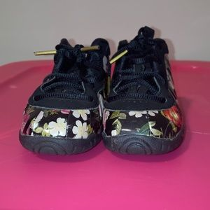 Nike floral foamposite , toddler